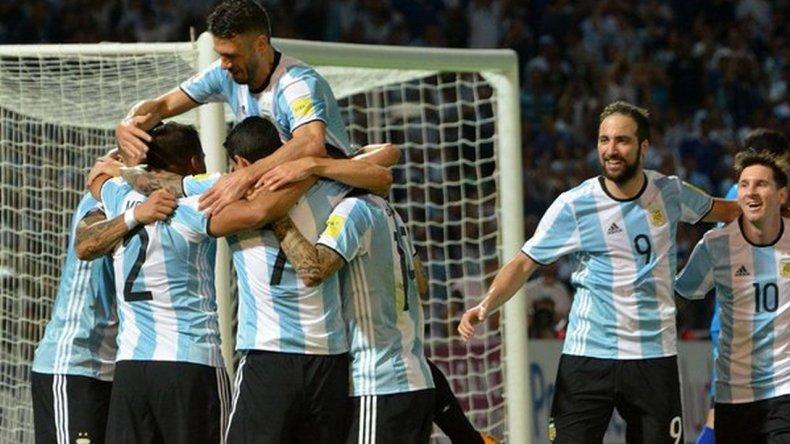 Argentina superó a Bolivia en el Estadio Kempes