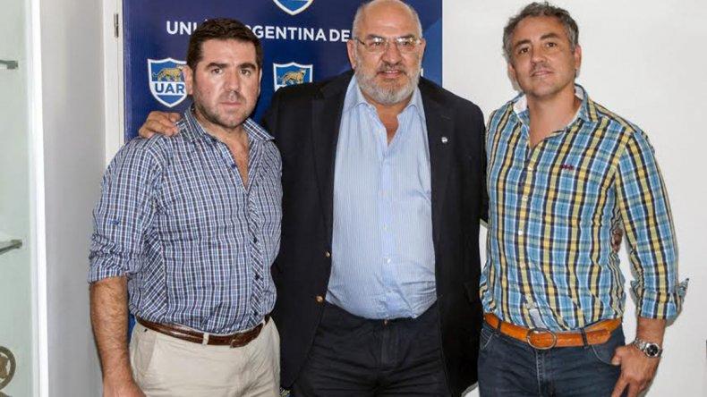 Walter Ñonquepán junto a Carlos Araujo