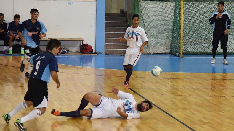 El futsal principal desplegará 39 partidos entre hoy y mañana.