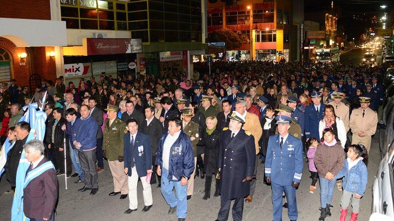 Con gran participación se realizó la Marcha de las Antorchas