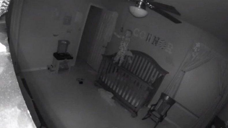 Un bebé en medio de la noche: Un adelanto de ¿Actividad Paranormal?