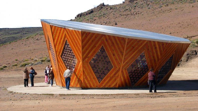 El Parque Vía Christi es una magnífica obra que manifiesta la fe cristiana y la cultura mapuche en forma entrelazada.