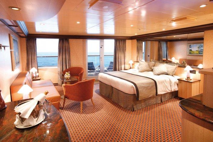El crucero promete dar la vuelta al mundo parando en diferentes puntos turísticos y disfrutando de las comodidades que ofrece la nave.