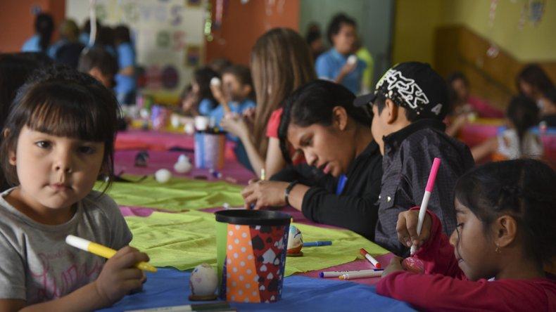 La Fiesta de los Güevos Pintos recrea una tradición asturiana