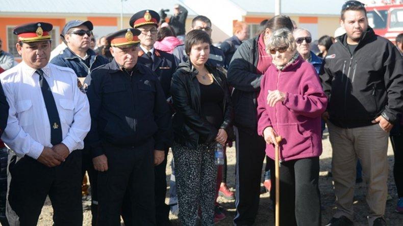 Entregaron una casa a la mujer del bombero Luis Gramajo