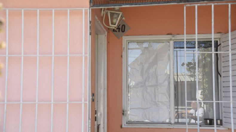 Ingresaron violentamente a una casa  y robaron un LCD a punta de pistola