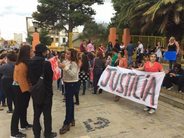 La Multisectorial de la Mujer se reunió con concejales: no quedamos conformes