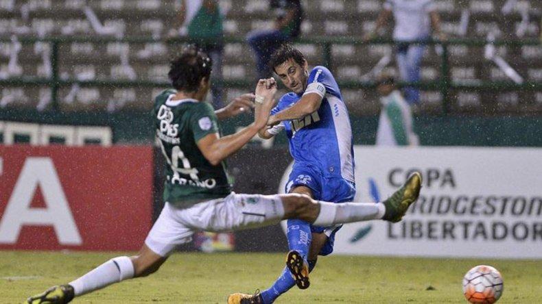 Racing y Deportivo Cali vienen de igualar 2-2 en Colombia.