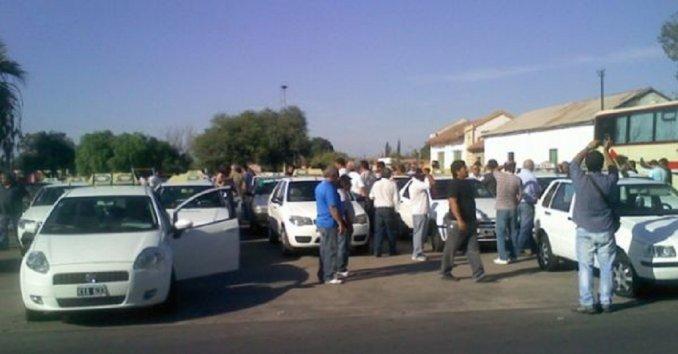 Por aumento de GNC, taxistas tomaron estaciones de servicio