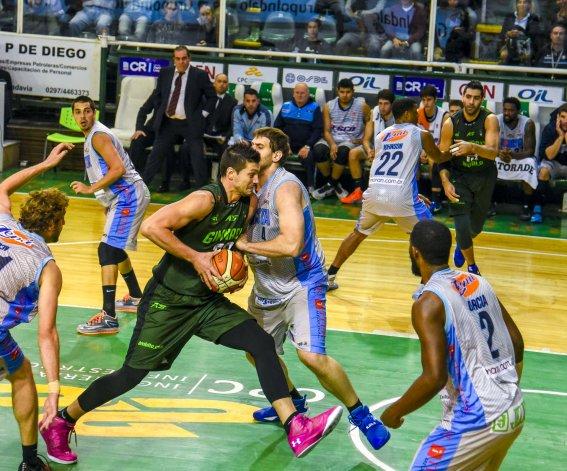 Gimnasia Indalo ganó un partido reñido ante Sionista.