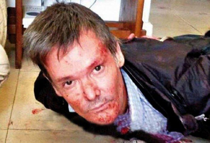 Fernando Farré al momento de ser detenido luego de asesinar a su esposa adelante de testigos.
