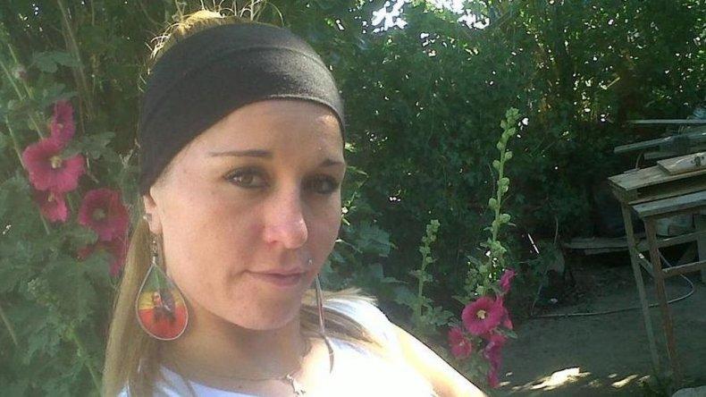 La joven que era buscada desde el miércoles se contactó con su familia