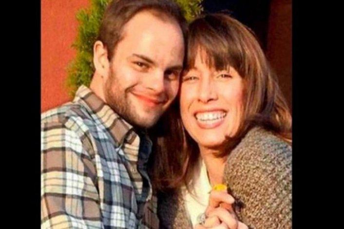 Se casará con su hijo biológico que dio en adopción hace 30 años