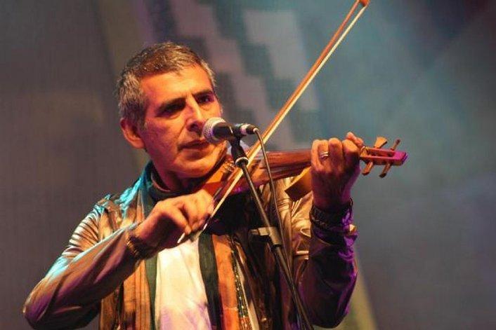Peteco Carabajal cierra esta noche el Festival celeste y blanco