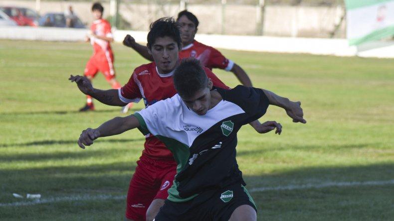 Maximiliano Palacios aportó sacrificio