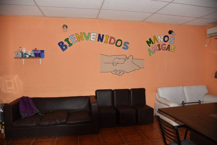 Manos Amigas propuso una tarde  de peluquería gratis en el Abel Amaya