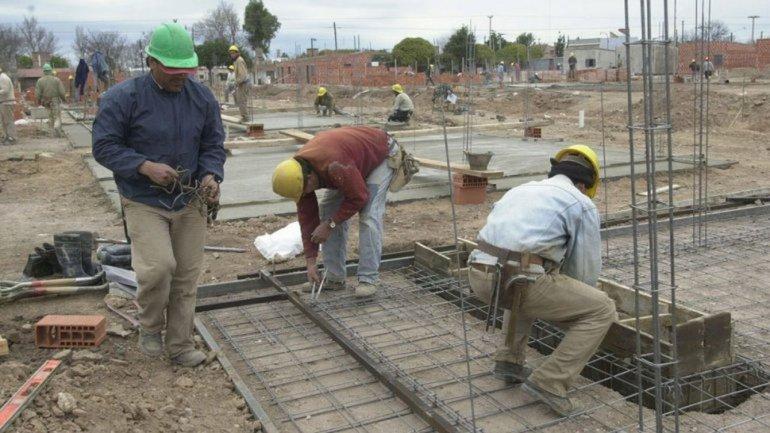 Construirán 300 viviendas en Comodoro