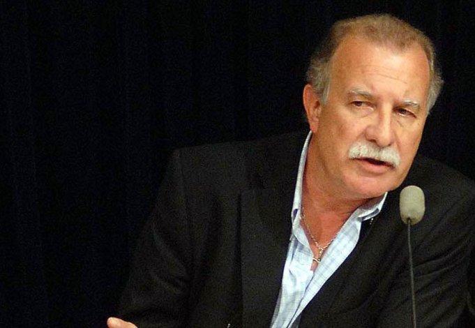 Omar Plaini pidió al Gobierno cambiar el rumbo económico.