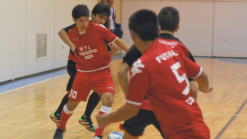 Se jugaron 14 partidos por el Apertura Promocional y 11 por el torneo Infantil.