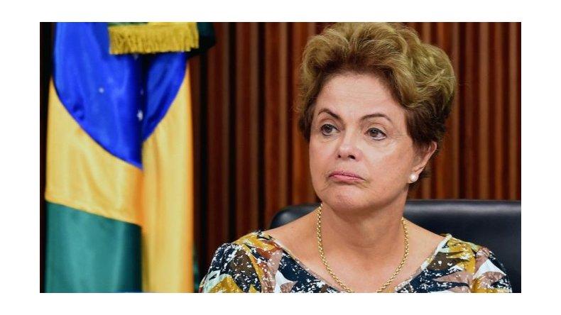 Dilma fue suspendida y va a juicio político