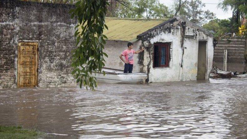 Continúan las intensas lluvias en el noreste argentino.