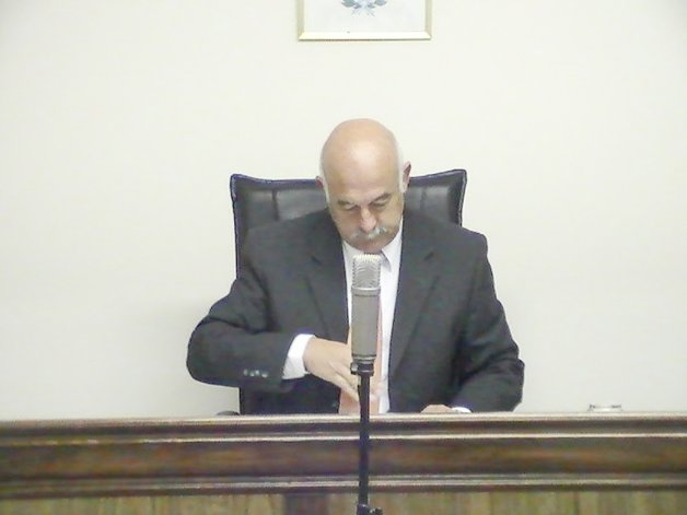 El juez Daniel Pérez presidió el acto judicial.