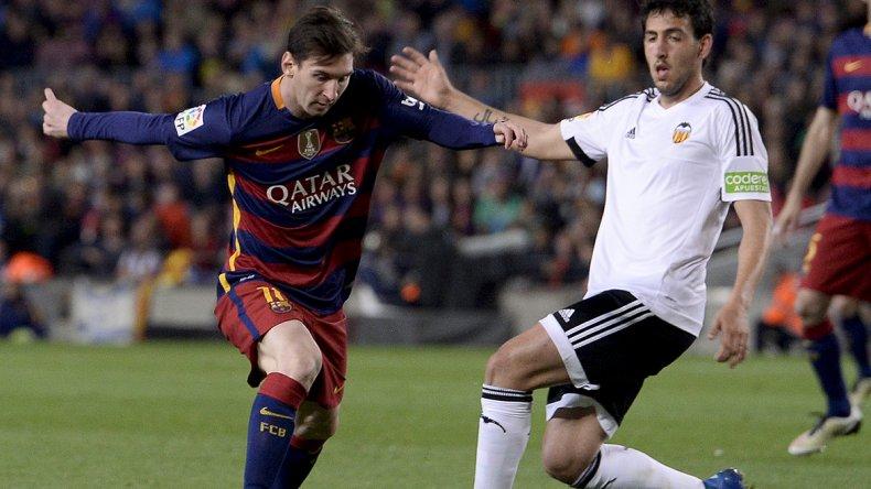 Lionel Messi quedó ubicado en el puesto 14 de los máximos goleadores de la historia.