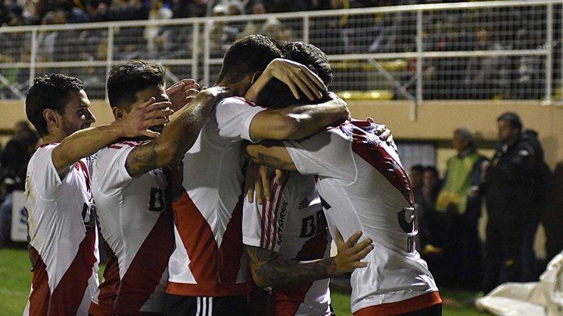 El equipo alternativo de River logró su primer triunfo de visitante en el campeonato.