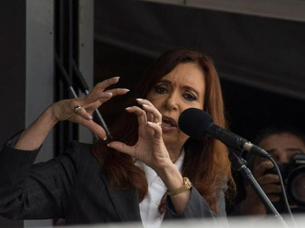 Cristina amplió su declaración y denunció a allegados a Macri