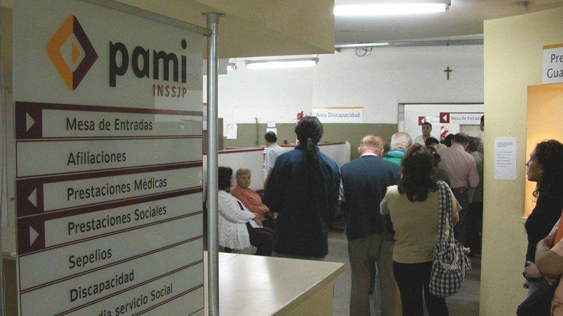 Las prestaciones a PAMI están nuevamente en peligro