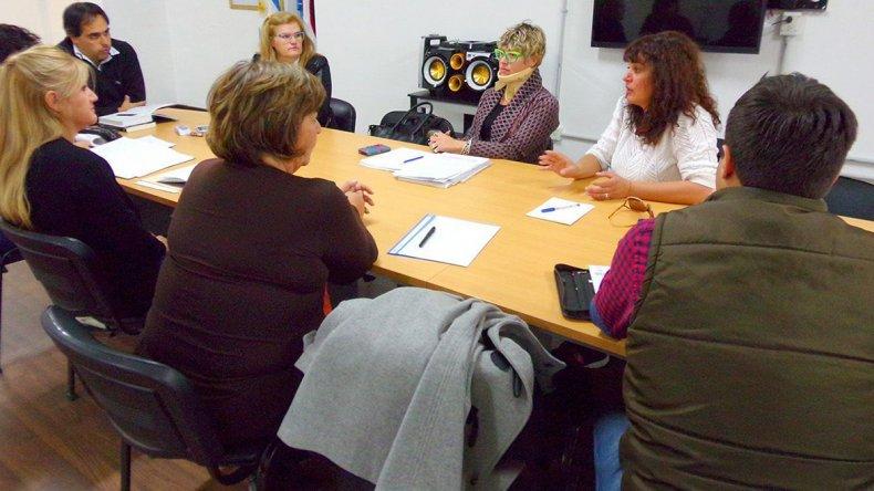 La reunión que concejales mantuvieron ayer con Alicia Dubreuil.