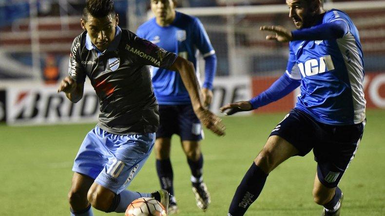 Racing planteó un partido inteligente en Bolivia y obtuvo el punto que necesitaba ante Bolívar