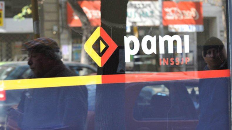 Por ahora el Colegio Médico mantiene cortadas las prestaciones a PAMI hasta que se efectivice el pago de la deuda.