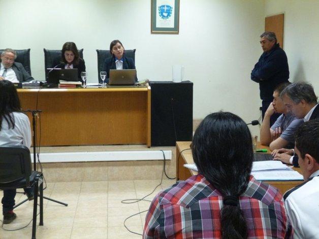 Cristian Rúa en el banquillo. Está acusado por el crimen de Mauro Villagra