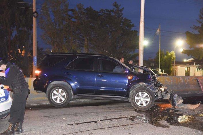 La Toyota Hilux SW4 chocó la parte trasera de una F-100 y esta a su vez impactó el baúl de un Volkswagen Vento.