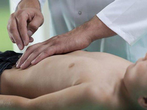 Más de 100 alumnos y docentes con síntomas de gastroenteritis