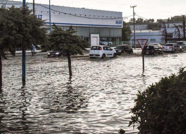 El Servicio Meteorológico Nacional emitió el alerta por lluvias intensas