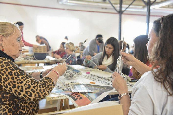 Con gran participación se desarrolló el taller de Cestería China de Urbana
