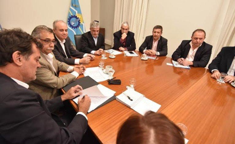 El Gobierno constituyó el Gabinete del Agua
