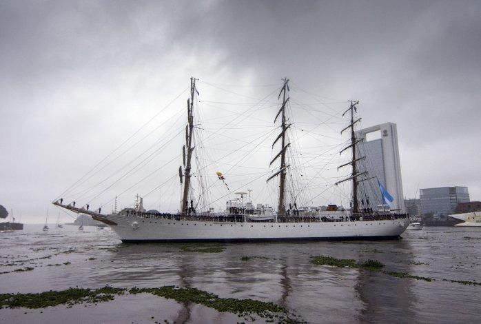 La Fragata Libertad zarpó en su 45° viaje de instrucción