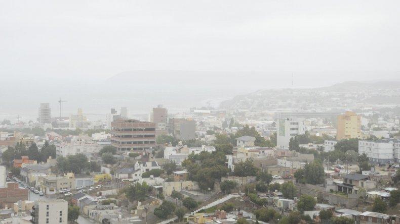 Viernes con lluvias y lloviznas en la ciudad