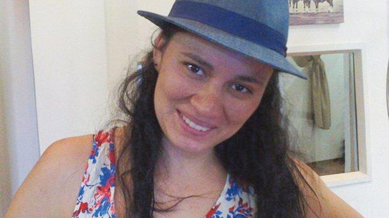 Cecilia Olmos tenía 23 años y trabajaba como empleada de Hipertehuelche. Había realizado al menos dos denuncias por violencia de género.