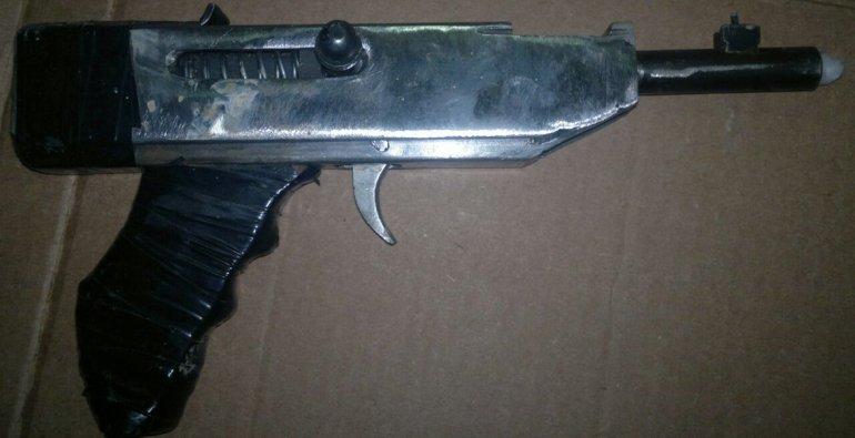 La tumbera tipo pistola con corredera