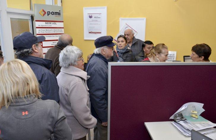 Hubo un primer pago y los afiliados de PAMI recuperan las prestaciones médicas.
