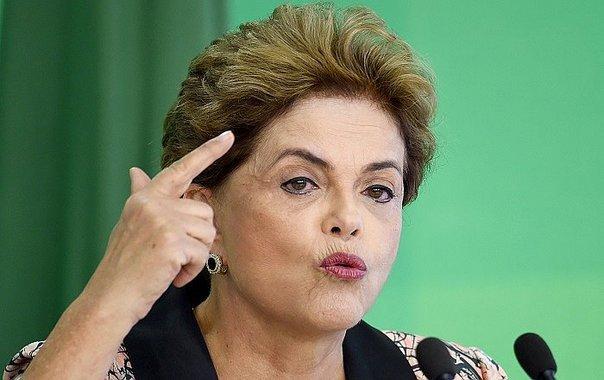 Dilma instó a sus adversarios a presentarse a unas elecciones si quieren ocupar su silla.