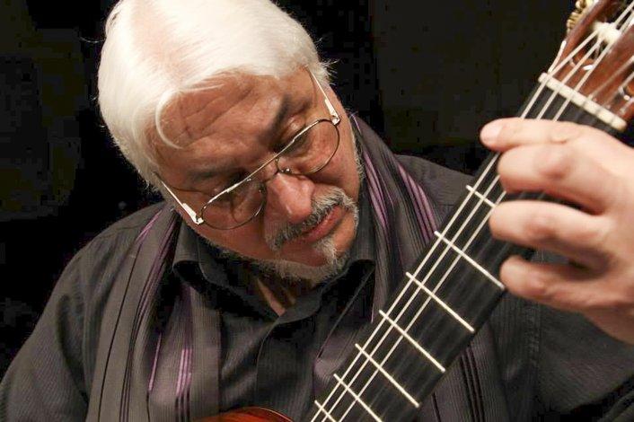 Alberto Morelli brindará un concierto para conmemorar sus 50 años con la música.