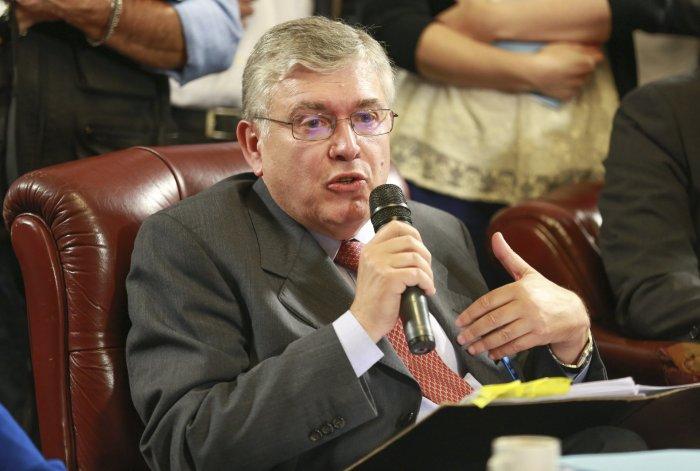 El senador Mario Pais fue miembro informante del Frente para la Victoria del proyecto con el que se busca declarar la emergencia ocupacional.