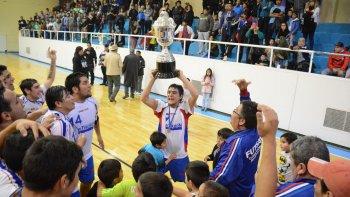 Autolavado El Tiburón se consagró campeón de la temporada 2015