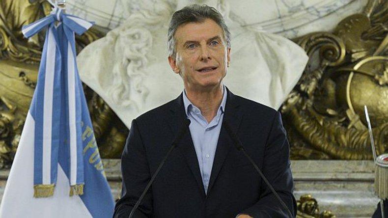 Casanello busca informarse sobre sociedades en las que se sospecha el Presidente habría tenido participación.