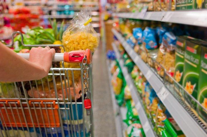 La inflación no cede e impacta en el consumo.